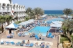 Triton Empire Beach Resort Vroeg